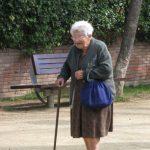 Пенсійний вік українцям поки не підвищуватимуть